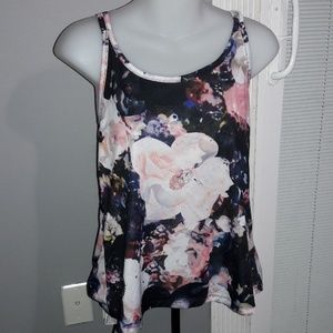 Womens sz Small Old Navy floral top